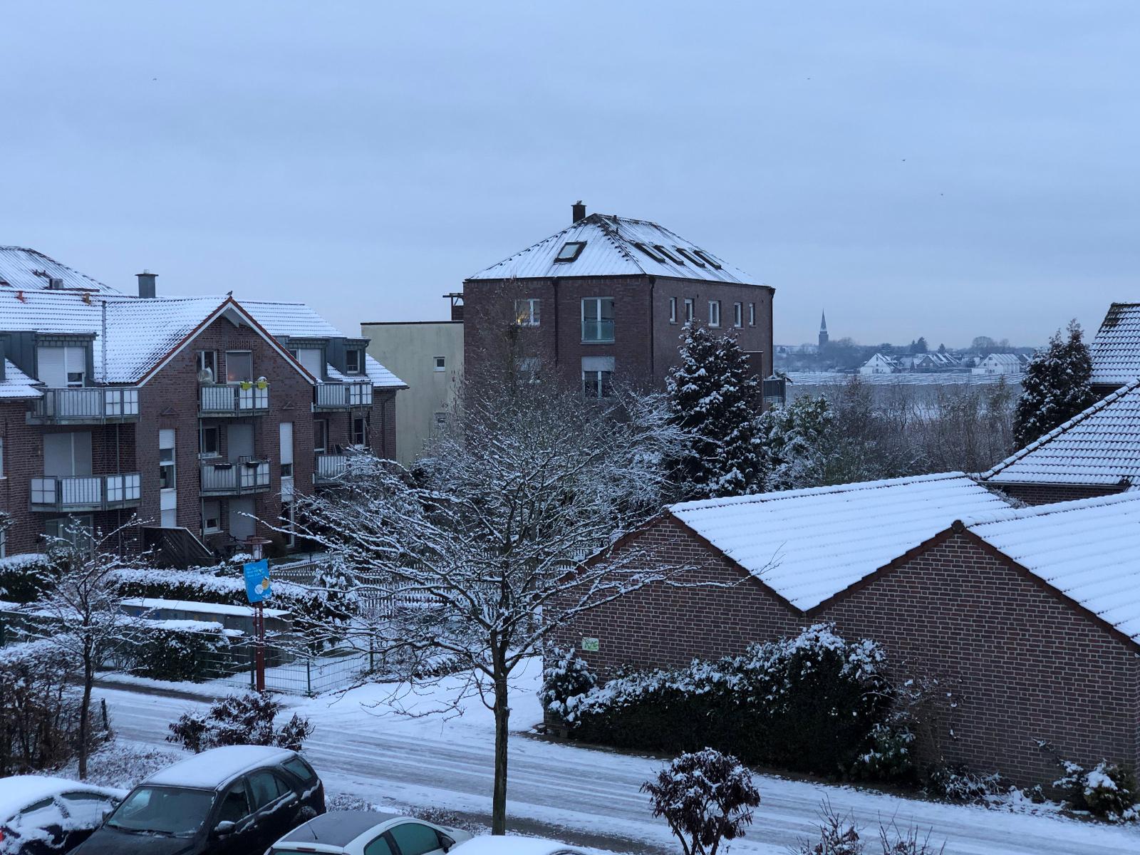 Der Klassiker: blaustichiges Foto bei Schnee